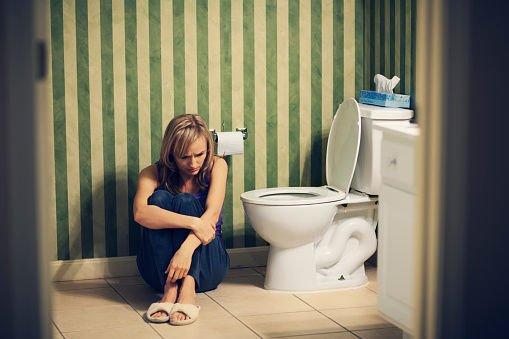 中医解决便秘方法!早餐吃两个助排便、或在刷牙后做这个动作