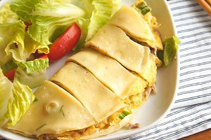 屋企轻松整出台湾小食 简易古早味葱花牛肉蛋饼