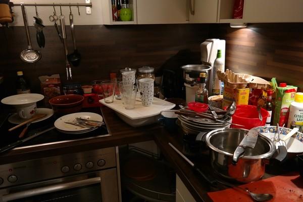 研究:厨房愈凌乱、零食吃愈多!掌握6原则不过量